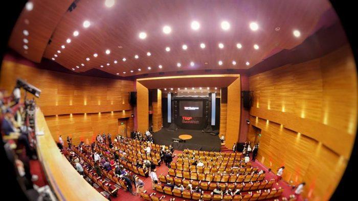 Interconnected la TEDxBucharest 2015. Cea de-a șaptea ediție a conferinței are loc astăzi, 7 noiembrie