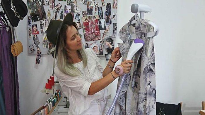 """Creatoare de modă. Profesia, văzută prin foarfecele Anei Novic: """"Oamenii nu ar trebui să înceteze să creadă în visul pe care îl au"""""""