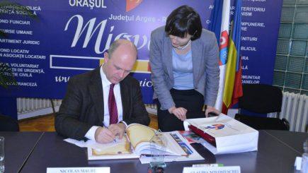 Nicolas Maure, directorul general al Automobile Dacia, desemnat cetățean de onoare al Mioveniului