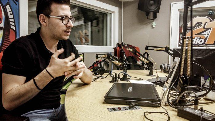 Andrei Niculae, tânărul care duce FM-ul în Social Media
