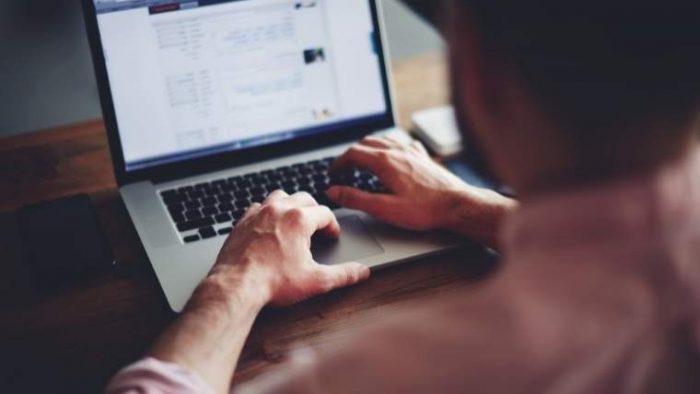 Trainingul se transformă sub influența tehnologiei: programul care îi determină pe angajați să muncească și în weekend sau vacanțe