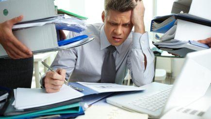Cinci motive pentru care angajații doresc să plece din compania ta