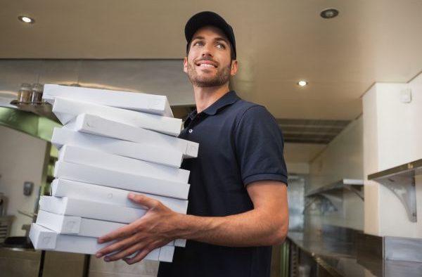 Mâncare mai multă şi mai ieftină pentru angajaţi