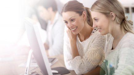 Noiembrie vine cu noi cursuri pentru viitorii profesionisti in marketing