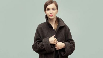 A lăsat Franţa pentru a pune bazele unui atelier de creaţie vestimentară în România şi acum o îmbracă pe Carmen Iohannis