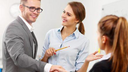 Cum să faci impresie bună încă din prima zi de muncă? 7 sfaturi utile
