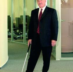 """Carl Boehr – Un """"asigurator"""" de viata lunga"""