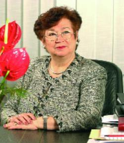Elena Petculescu  - O cariera cat o viata de om