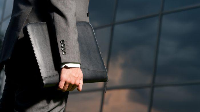 Ce vârstă au cei mai mulți acționari ai firmelor din România