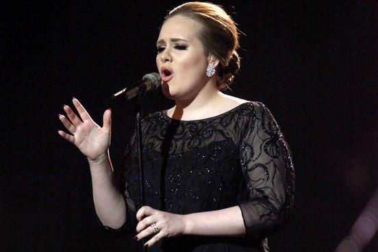 VIDEO Cateva lucruri despre Adele, cantareata care a castigat sase premii Grammy!
