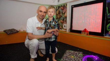 Psiholog român, nominalizat la premiile World Autism
