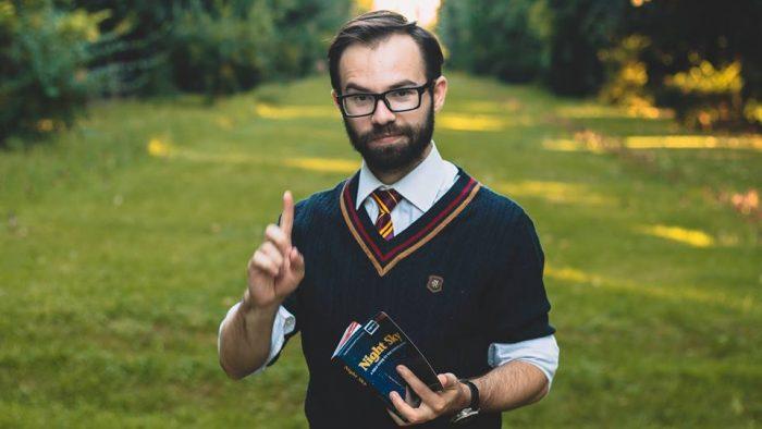 Alex Doppelgänger, românul care explică ştiinţa pe înţelesul tuturor şi se luptă cu fake news-urile