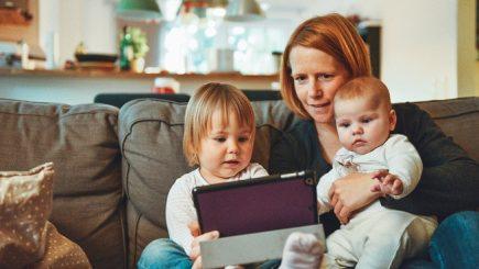 Cum te pregătești pentru revenirea la job după concediul de maternitate
