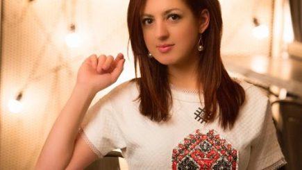 Ea este cel mai tânăr muzician român care primește Medalia Custodele Coroanei