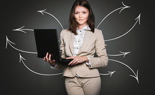 Acum e cazul să-ţi schimbi jobul: Una din cinci companii plănuiește să facă angajări