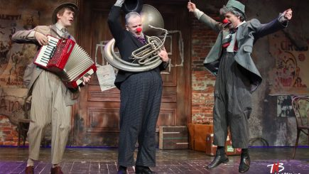 """În rândul restrâns al spectacolelor senzaționale: """"Angajare de clovn"""" de Matei Vișniec"""