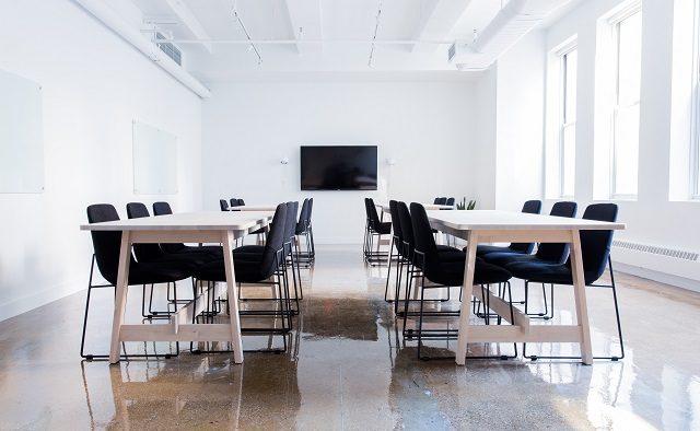 Expert HR: Oamenii nu părăsesc companii, părăsesc șefi