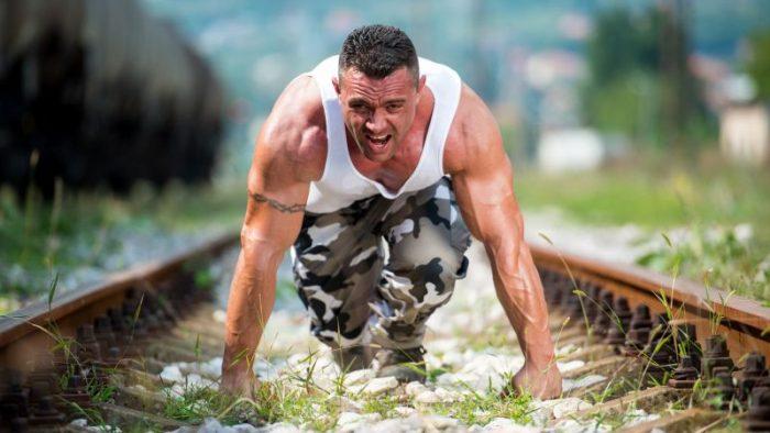 Cum se instruiesc oamenii din forţele speciale pentru a atinge nivelul de excelenţă