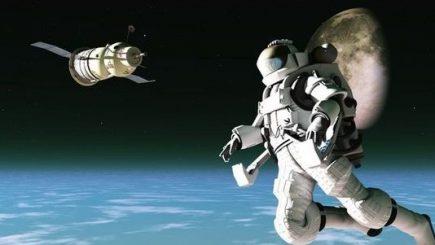 De ce cosmonaut şi de ce astronaut?