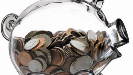 Împrumut record al românilor la bănci. Ce spun economiștii