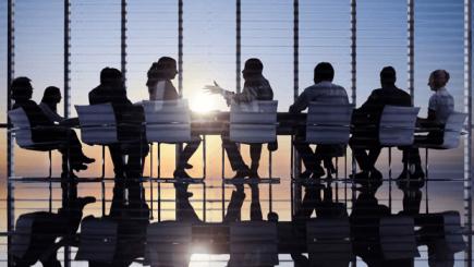 Flexibilitatea programului şi numărul de zile de concediu sunt aşii din mâna angajatorilor