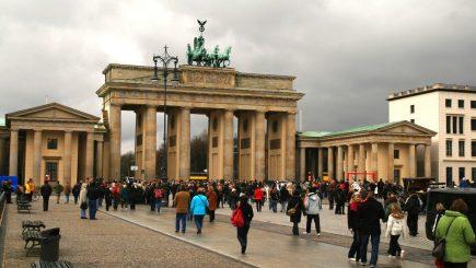 Târg de turism la Berlin. Mulţi turişti străini sunt interesaţi de România