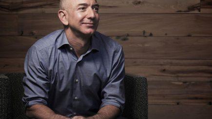 """""""Poți avea un loc de muncă, sau poți avea o carieră, sau poți avea o chemare"""". Jeff Bezos, despre job și viață"""