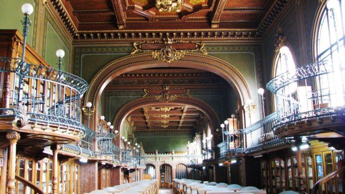 Cea mai frumoasă bibliotecă din lume se află în România