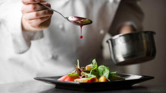Proprietarul Le Bistrot Francais vrea afaceri de 1 mil. euro din gastronomie pentru