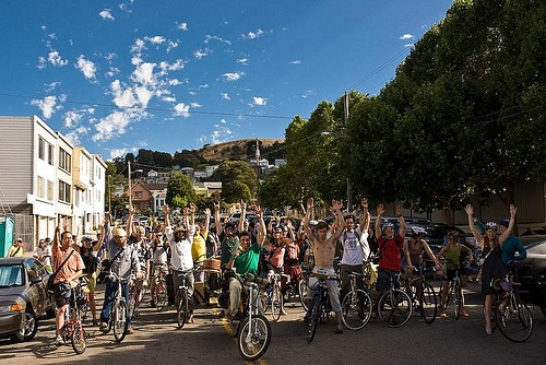 Bicycle Music Festival, eveniment alternativ, dedicat pasionaţilor de biciclete şi muzică