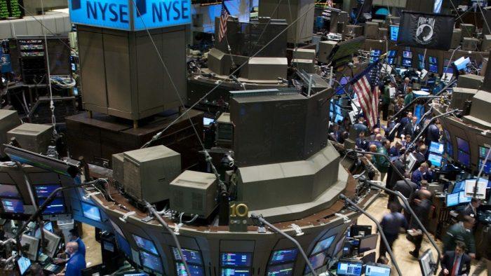 Bonusuri mai mici pentru jucătorii de pe Wall Street