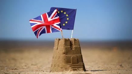 Bursele europene scad. Brexitul a intrat în linie dreaptă