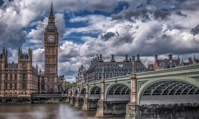 Brexit: Divorţul de UE ar putea costa Marea Britanie peste 60 de miliarde de dolari