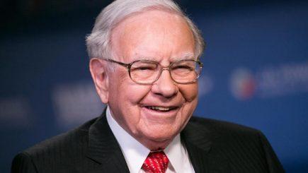 Cum a câștigat Warren Buffett un pariu cu Wall Street după 10 ani