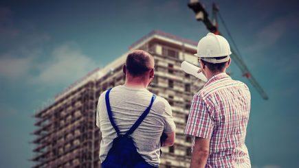 Importul de angajaţi străini, o posibilă soluţie pentru criza de pe piaţa muncii din România?