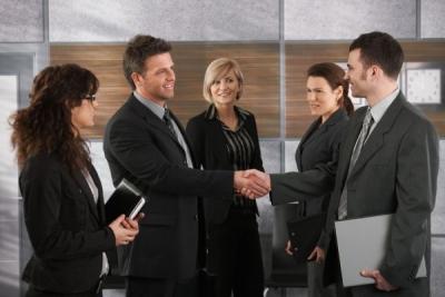 Reguli simple de bune maniere în business