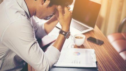 Sindromul burnout: Unii oameni sunt mai predispuşi ca alţii la epuizare fizică, psihică şi emoţională?