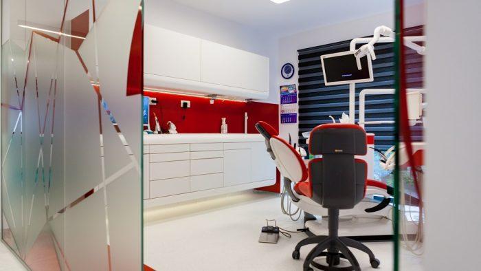 forFITOUT aduce inovația și designul într-o clinică de stomatologie