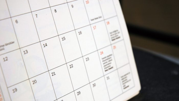 Românii vor avea 12 zile libere în 2016