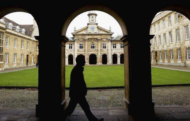 """""""Trebuie să înţelegem dacă se întâmplă ceva rău la Universitatea Cambridge"""""""