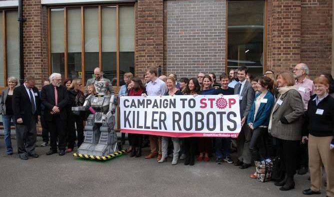 Mii de oameni de ştiinţă au lansat un apel contra roboţilor ucigaşi