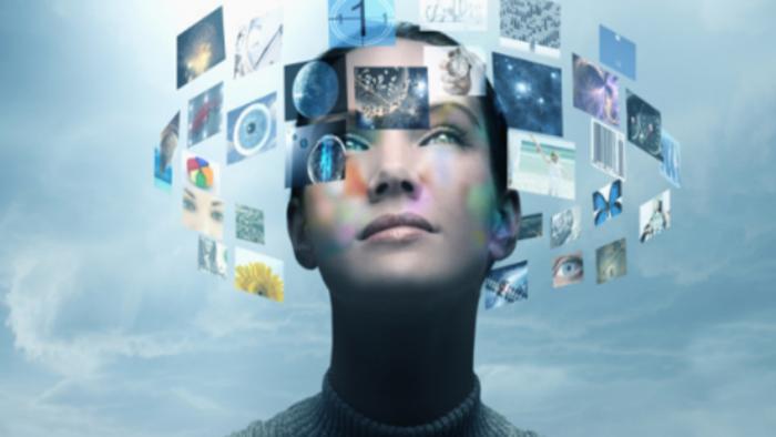 Raportul Media Recap & Digital Predictions: Anul 2017 va continua să stea sub semnul unor canale digitale cheie