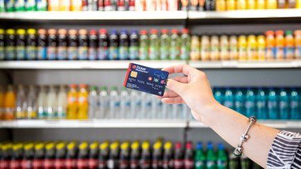 Retailerii acceptă tichetele de masă electronice
