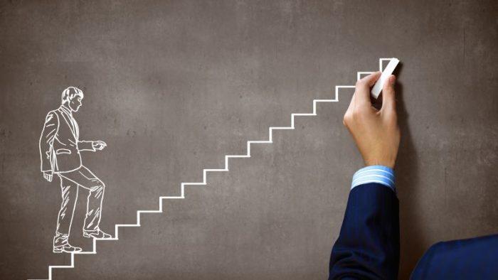 Cum îţi creşti jobul, de la Middle la Top Management