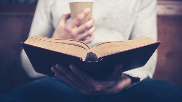 Cele 7 cărţi care te ajută să îţi câştigi locul în industria advertisingului