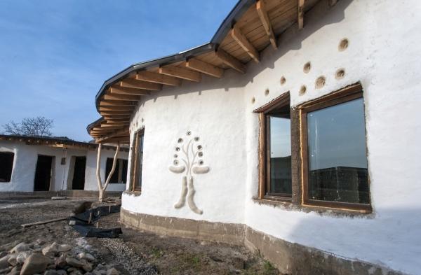 Minisătucul eco de la Berca - Galerie Foto