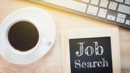 ‹Fă-ți job din a căuta un job› și alte 4 sfaturi pentru a rămâne motivat și optimist când îți cauți de lucru