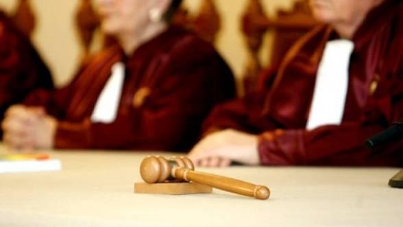 Curtea Constituţională: Liderii sindicali pot fi concediaţi