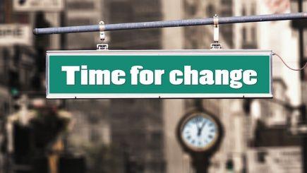 Cum inventezi viitorul în timp ce faci management în prezent?
