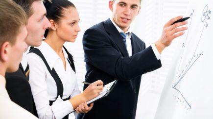Cheltuielile cu pregătirea profesională a tinerilor ar putea fi deductibile